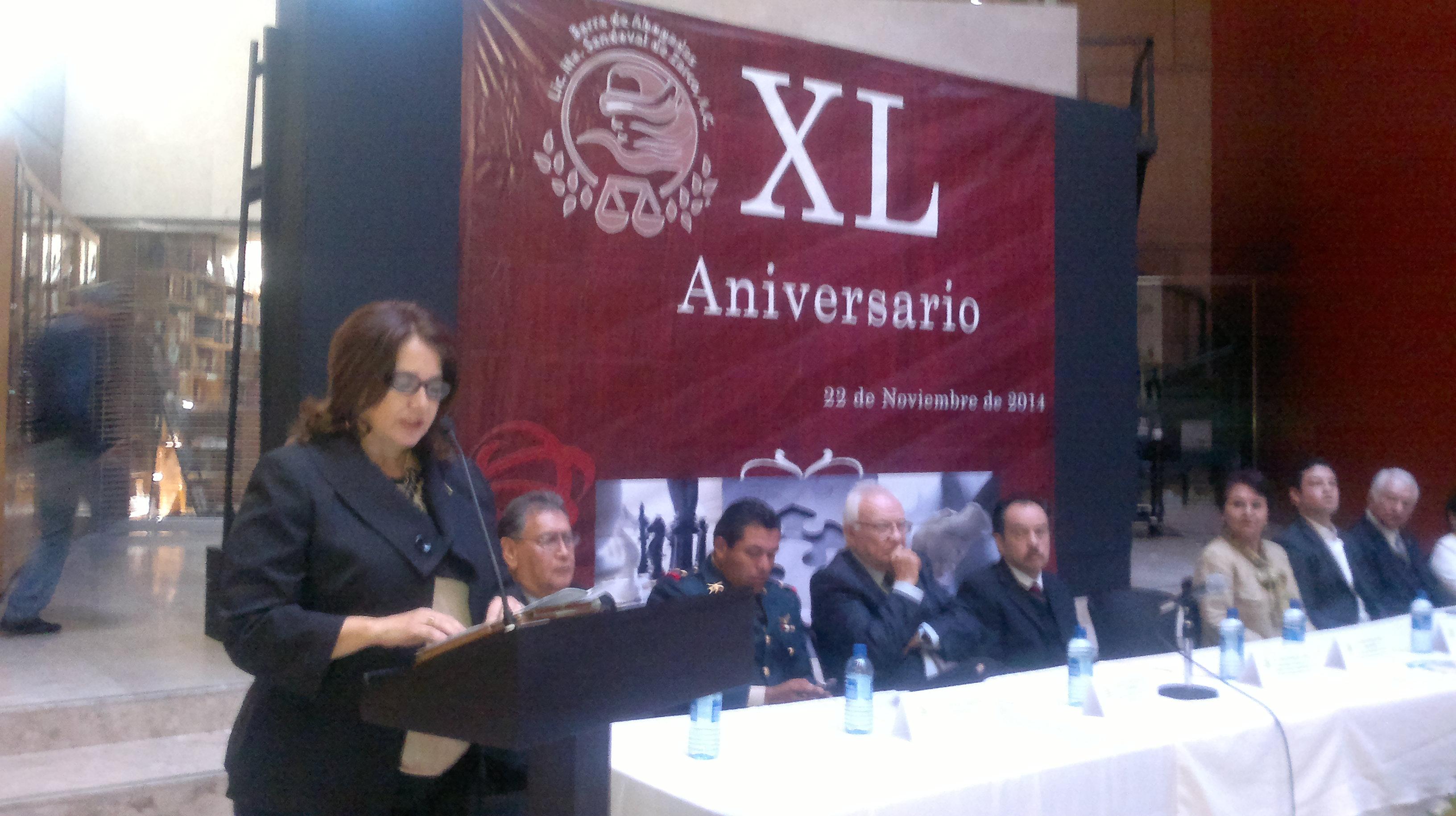 Celebran 40 aniversario de la Barra de Abogadas María Sandoval de Zarco