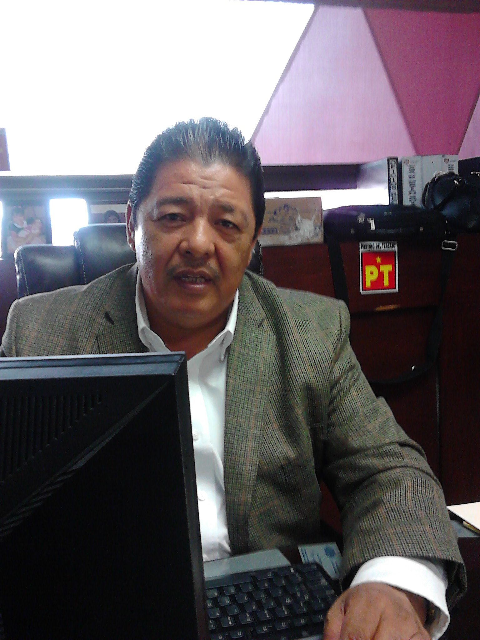 Educación, medicinas y gastos funerarios, prioridad para el regidor José Cañadas