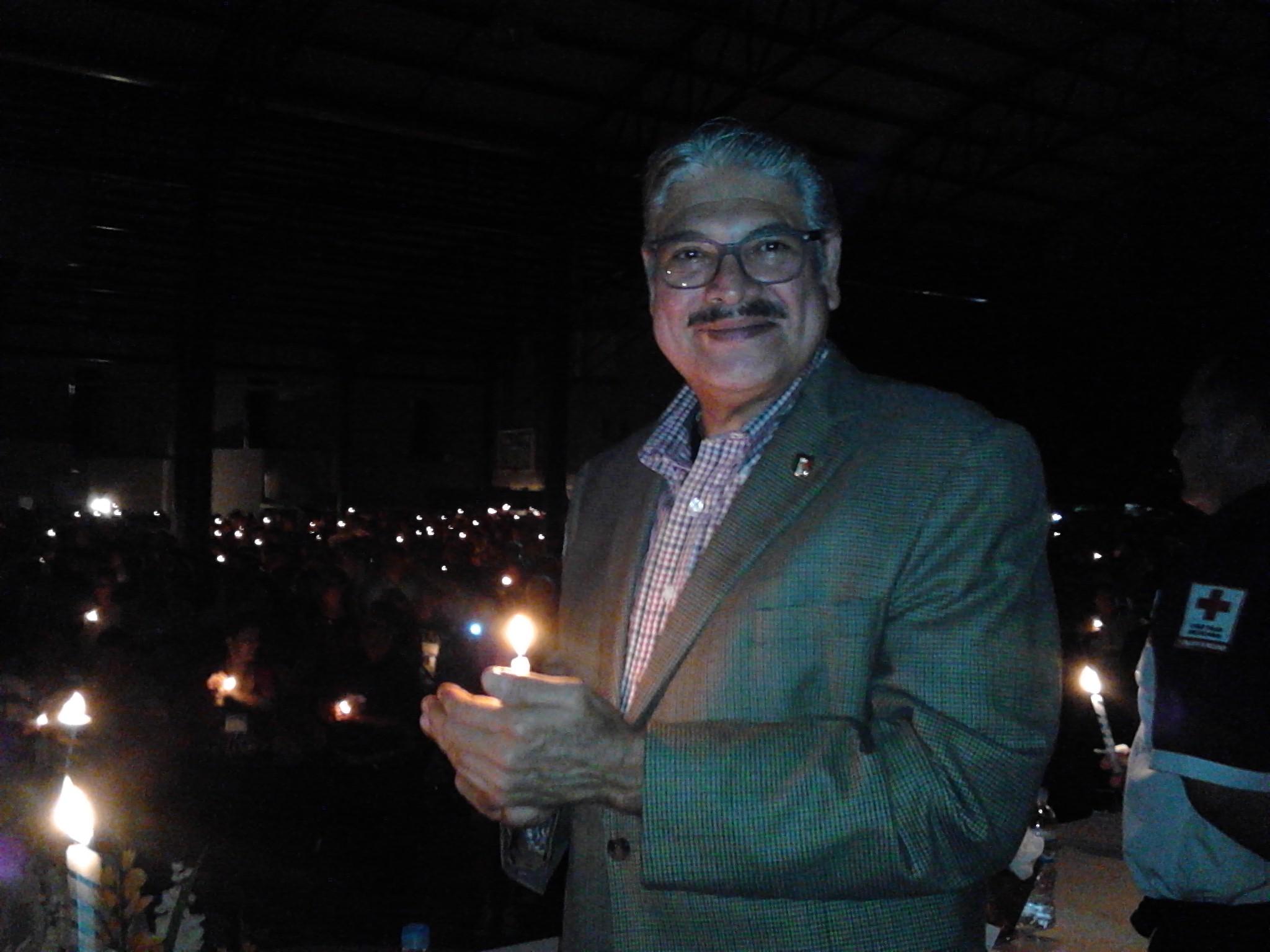 Viven Ceremonia de la Candela tres mil Congresistas de AA