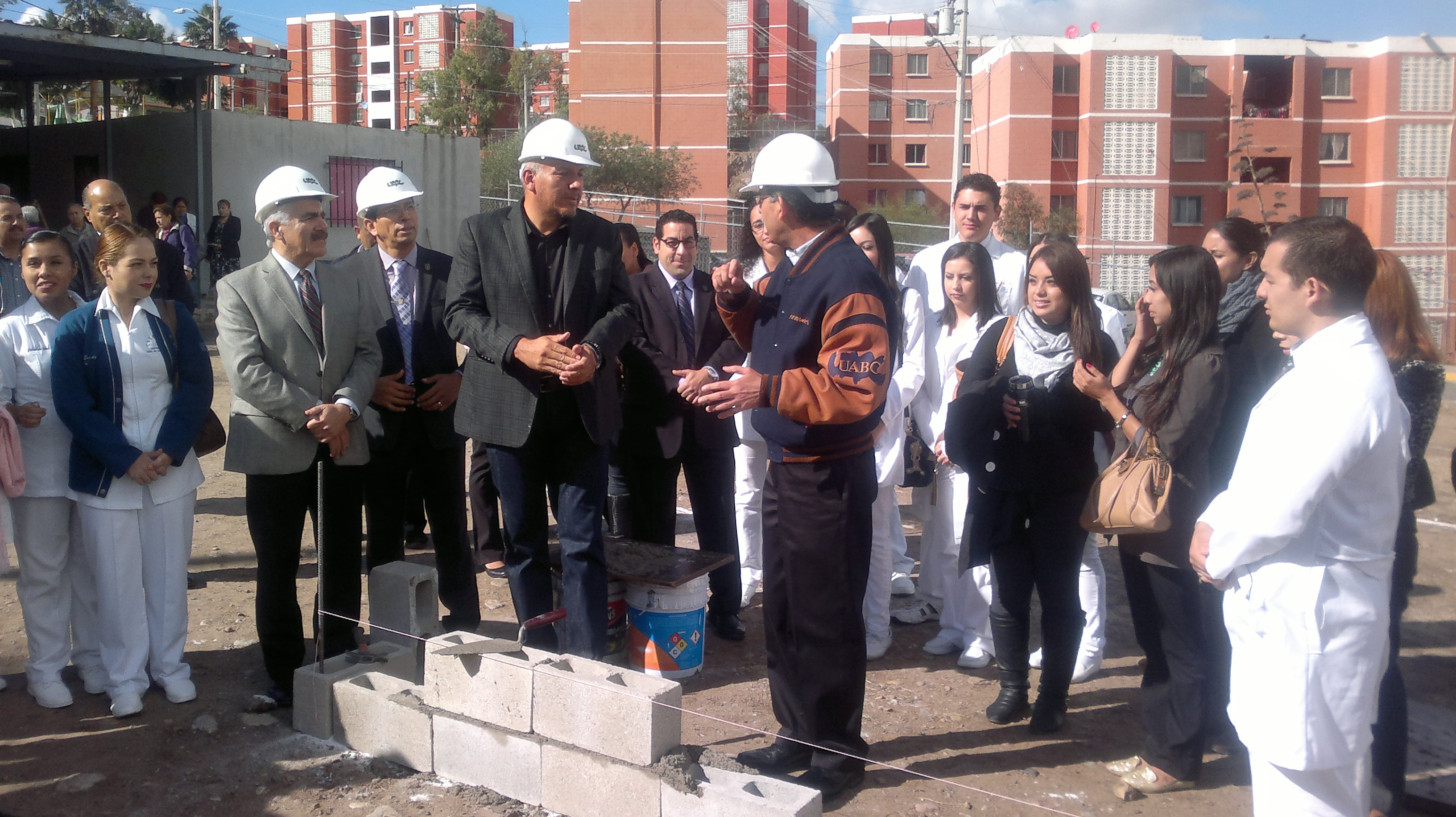 Inauguran e inician obras en UABC Tijuana por 39 millones de pesos