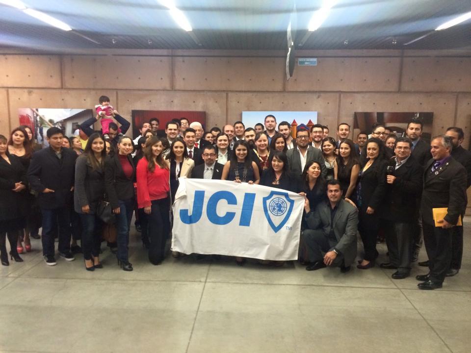 Trabaja la Cámara Junior Internacional un programa de apoyo a migrantes de Tijuana