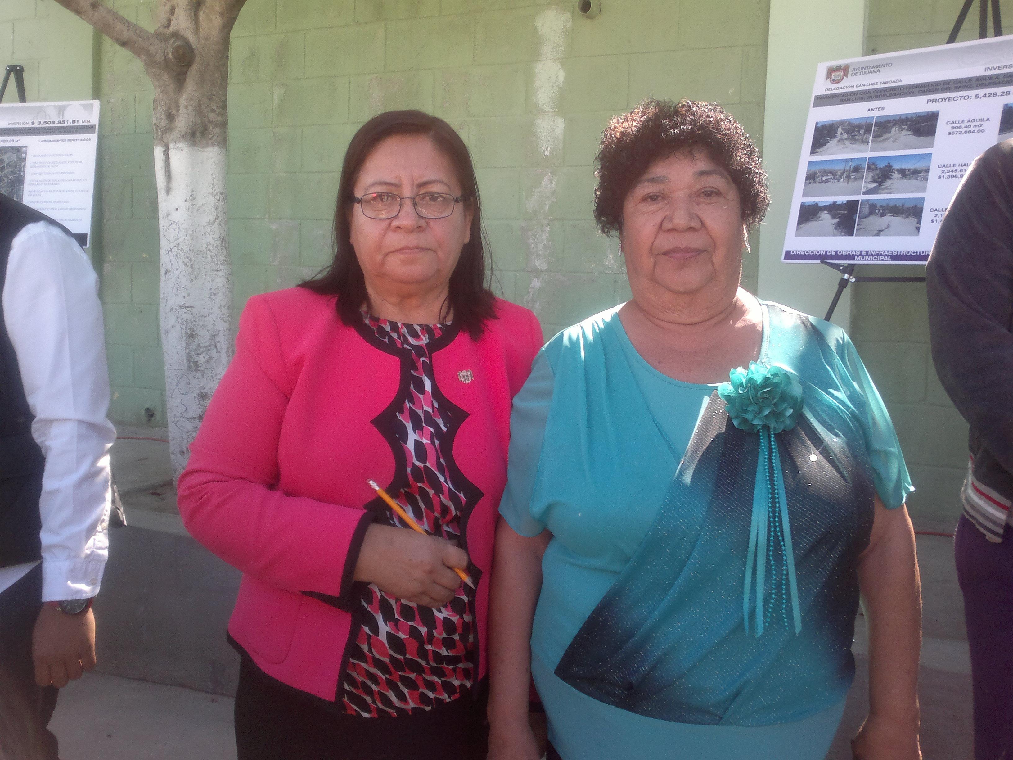 Gloria Miramontes, ejemplo de trabajo comunitario