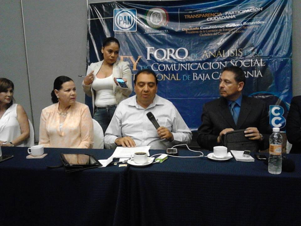 Promueven diputados y periodistas  la Ley de Comunicación Social