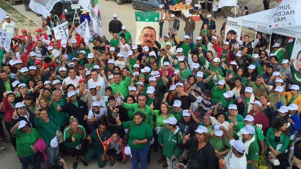 Colonias Populared apoyan  a Mendivil  y Napo