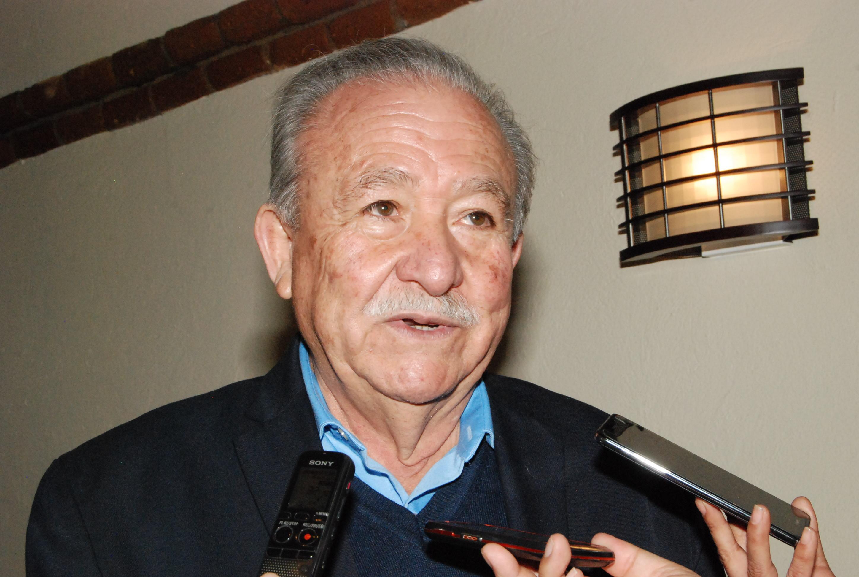 Mario Escobedo registrará a Leyva para CCE