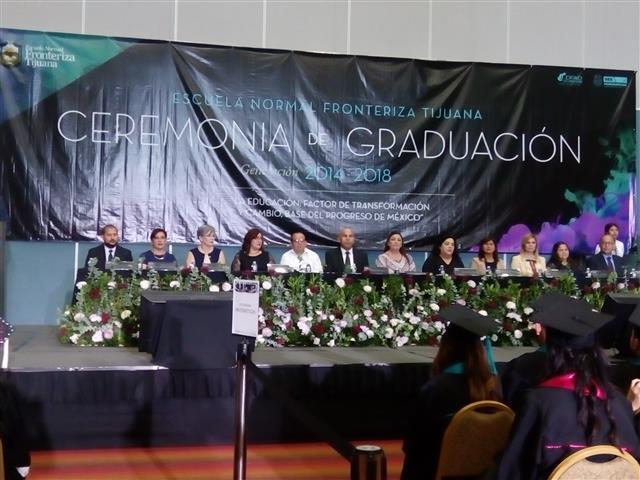 Egresan 122 profesionales de la educación de la ENFT