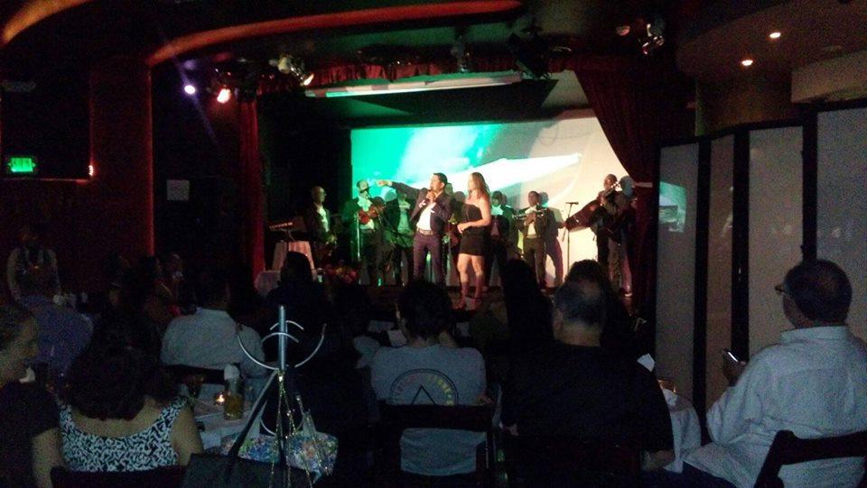 Divina noche con Noe Sandoval y Carmen Jara