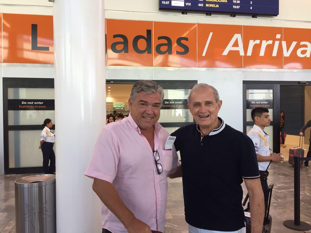 Ex porteros Nacho Calderón y Zelada de visita en Tijuana