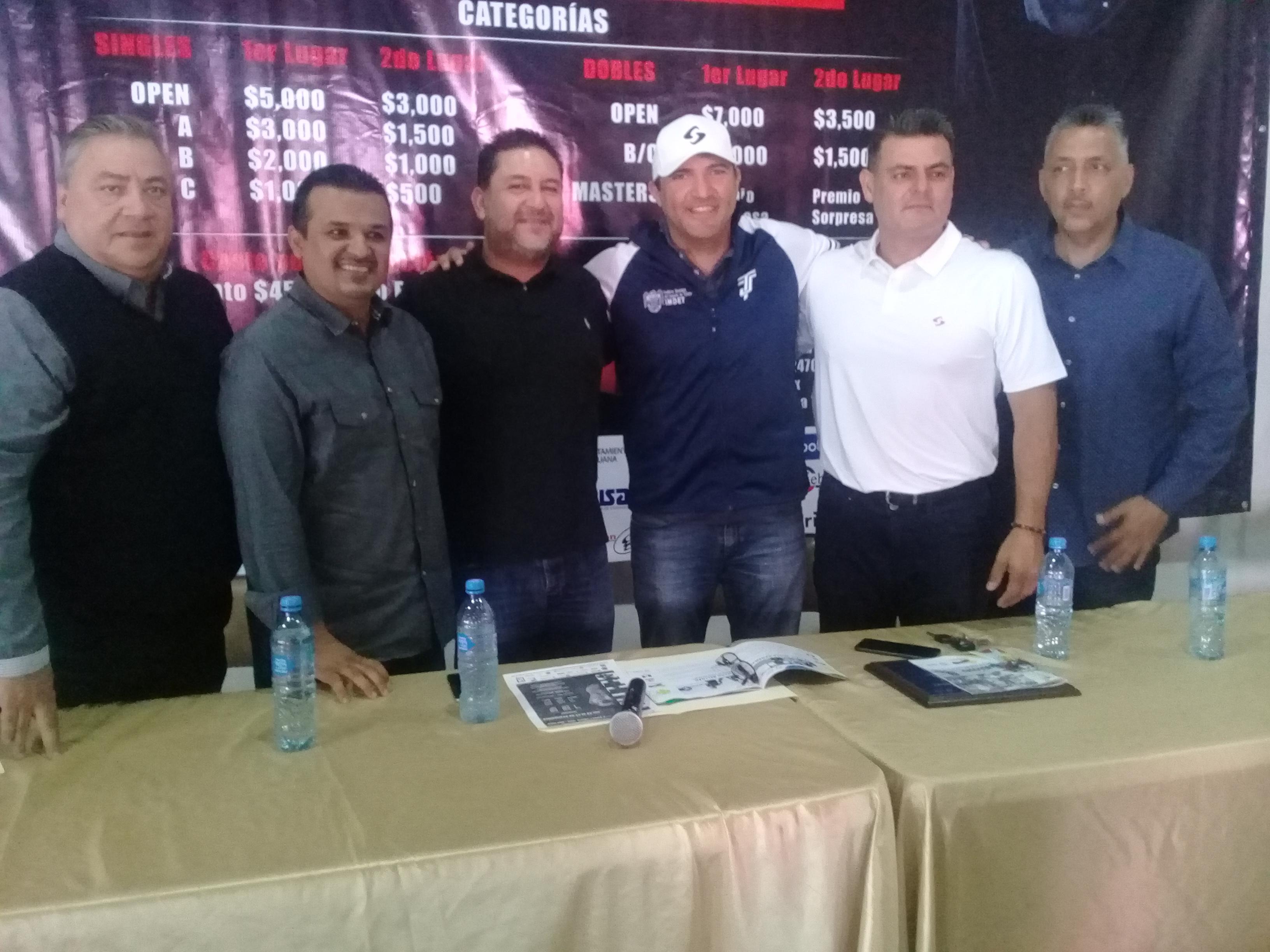 Convovados 8 jugores de BC para Mundial de Raquetbol