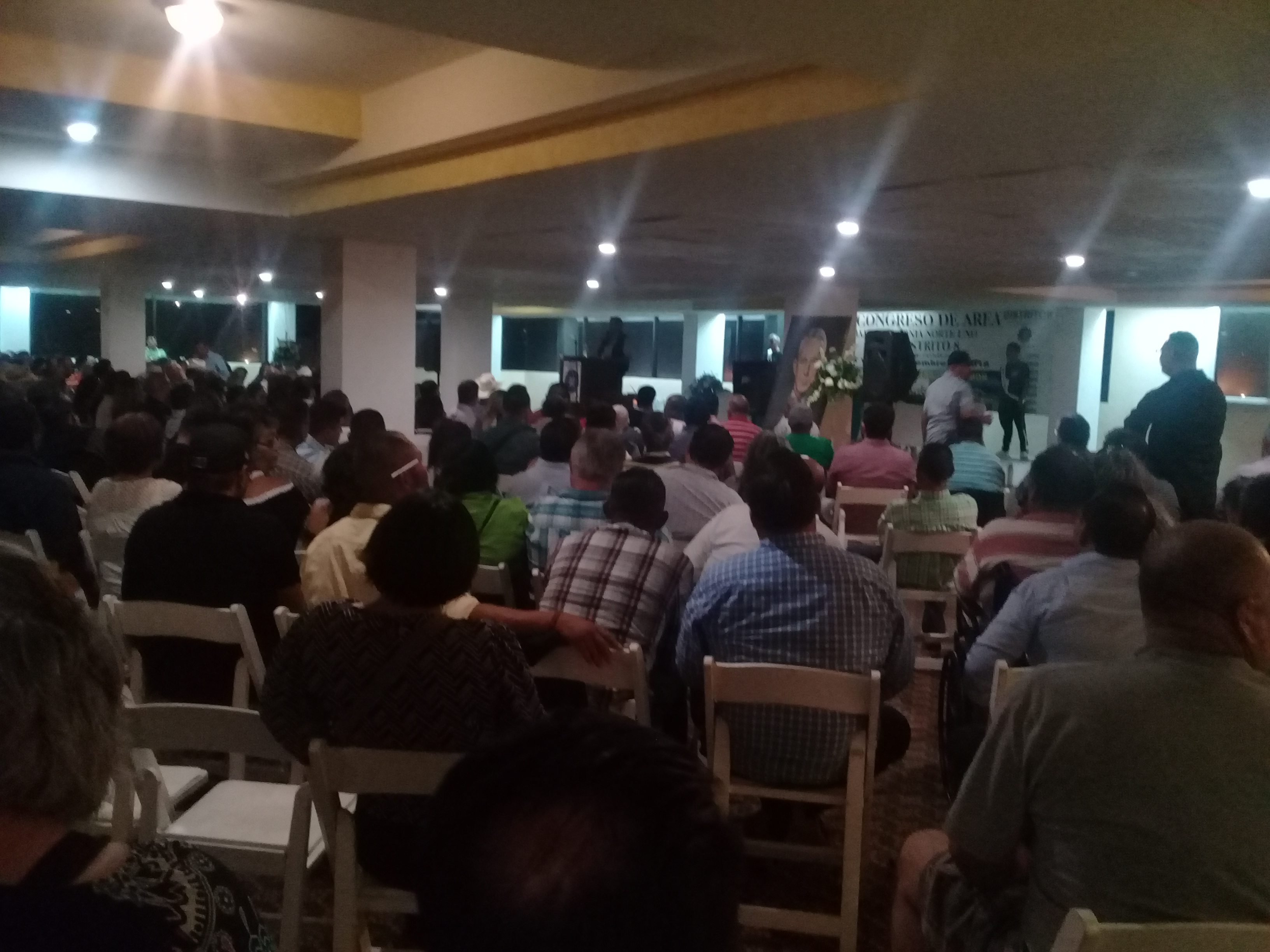 Asisten 700 alcoholicos a Congreso de AA en Rosarito