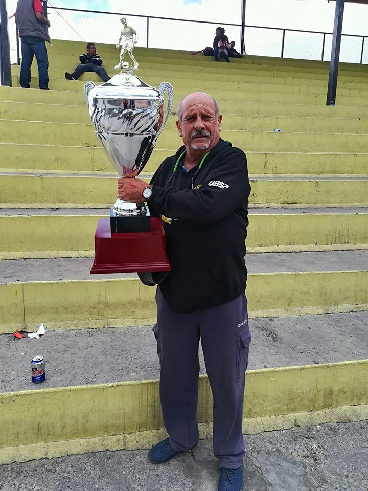 Asesores Automovilísticos siguen cosechando títulos en Futbol Master Oro