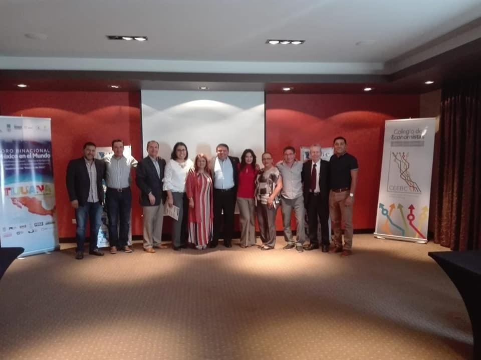 Reeligen economistas a Domingo Ramos como presidente del CEEBC