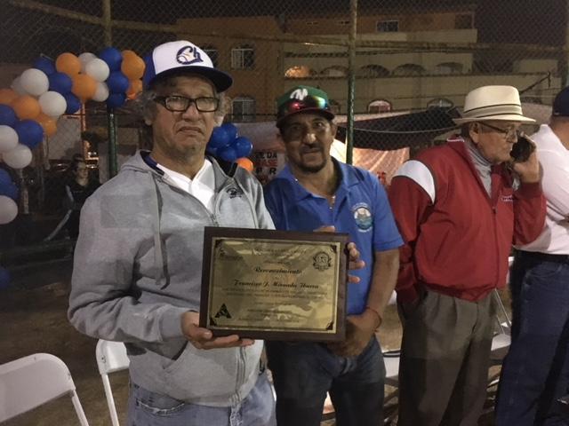 Juegan beisbol en honor a Francisco Javier Miranda Ibarra