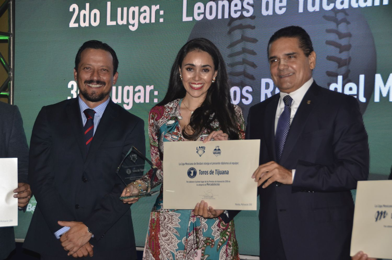 Reconocen a Toros en congreso de LMB en Michoacán