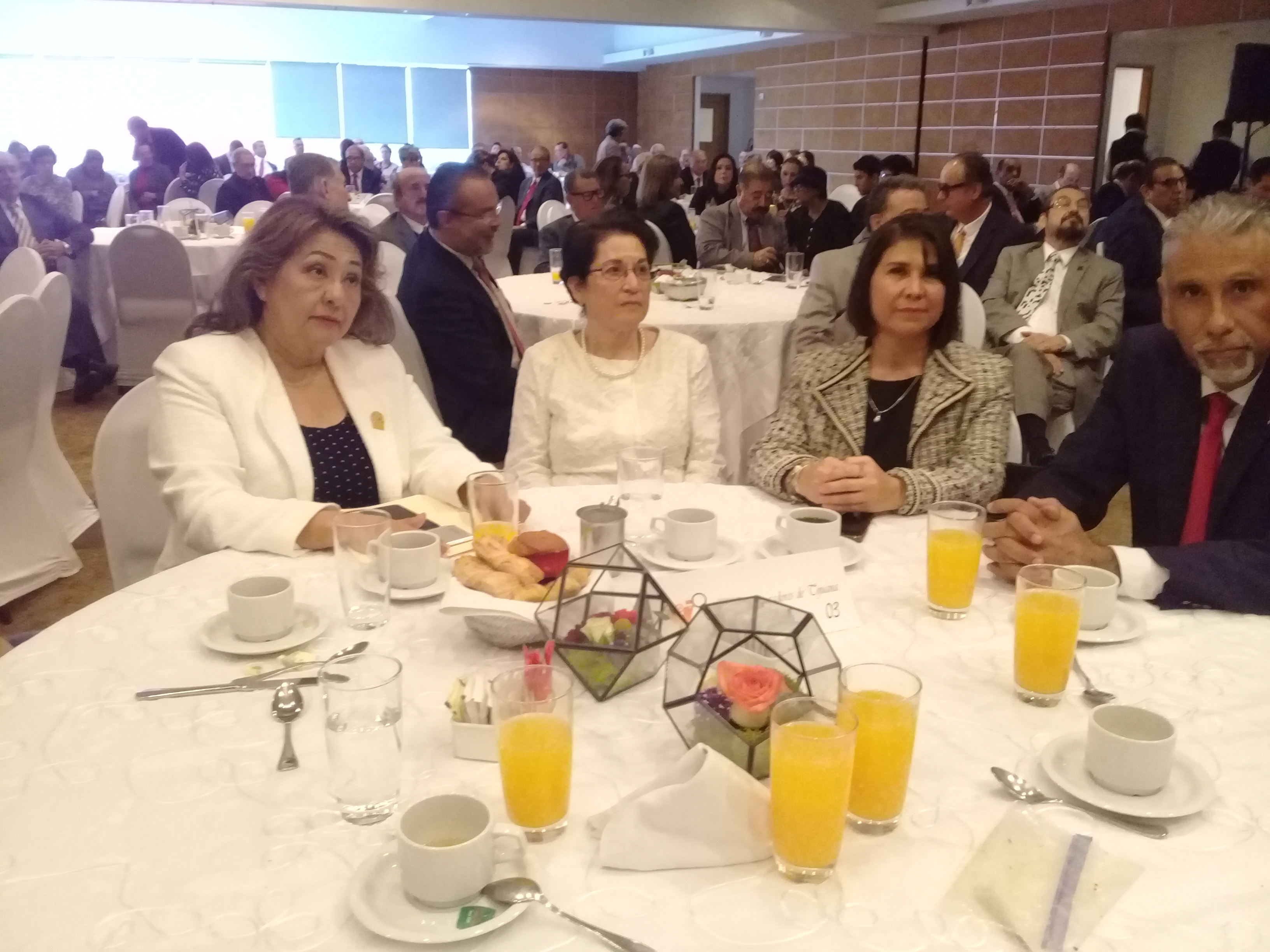 Reconoce Grupo Madrugadores a Tere Rique como Forjadora del Año