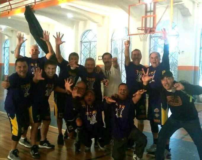 BC campeón nacional en basquetbol 64