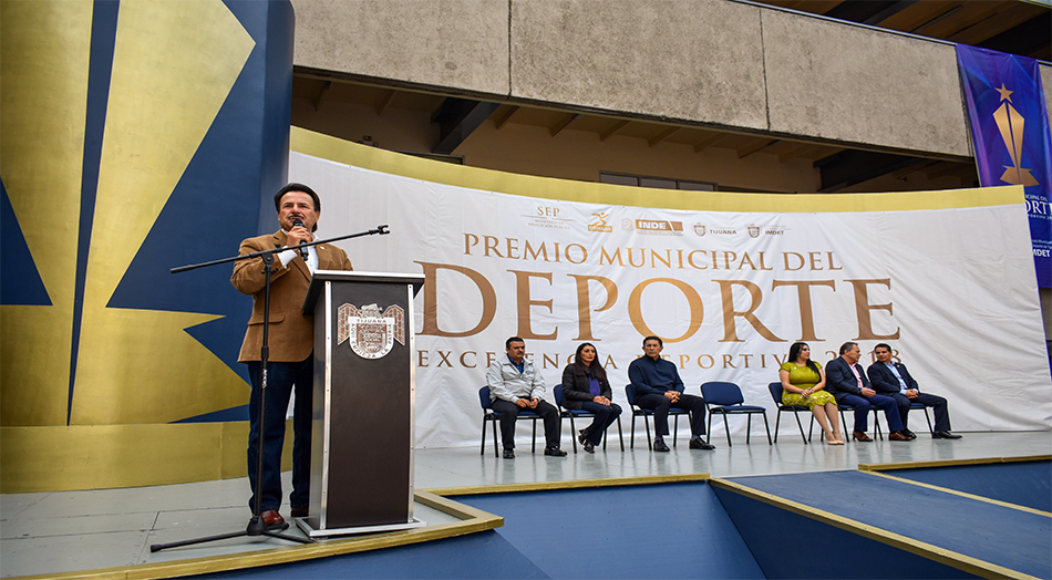 Destaca alcalde Gastelum labor deportiva que se realiza en Tijuana