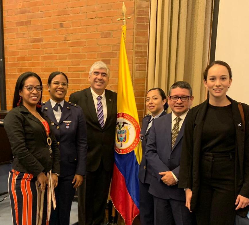 Participa Clúster Aeroespacial de BC en actividades de FA Colombiana