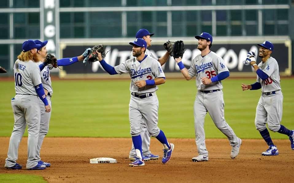 Joe Kelly fue suspendido  8  juegos por pelotazos a Astros