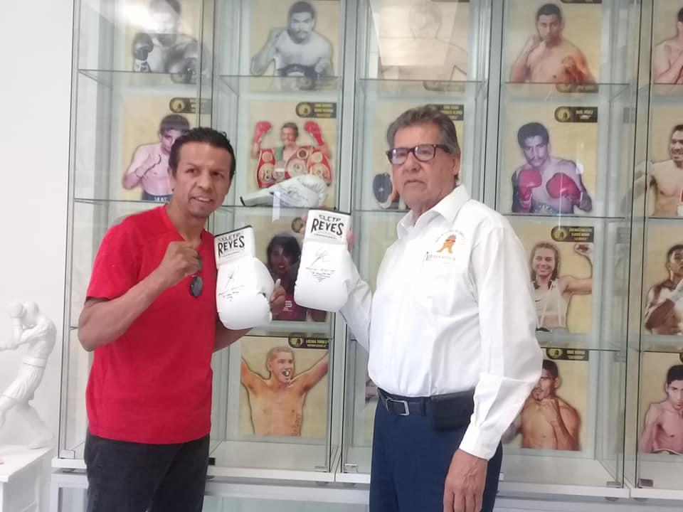 """""""Mantecas"""" Medina, uno de los huéspedes del Salón de la Fama del Deporte de Tijuana"""
