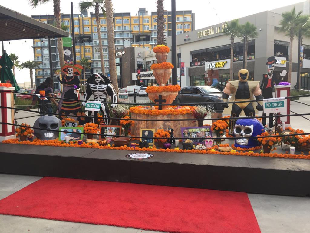 Inauguran Altar de Muertos,  Inspira Después de Otra Vida en Plaza Alameda Otay