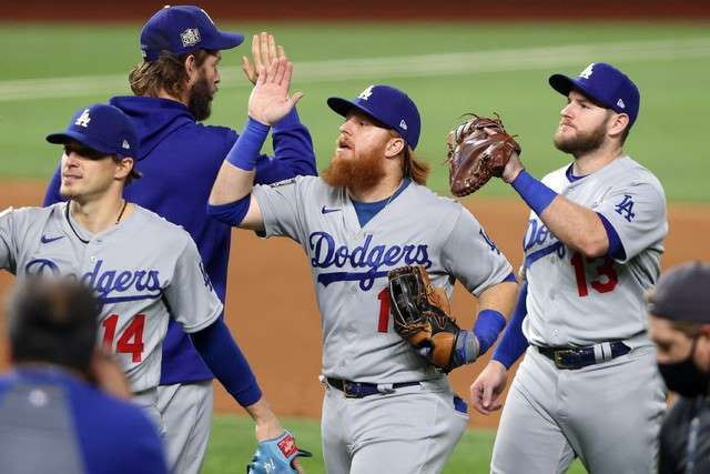 Dodgers 6-2 a Tampa  y ahora va Julio Urias