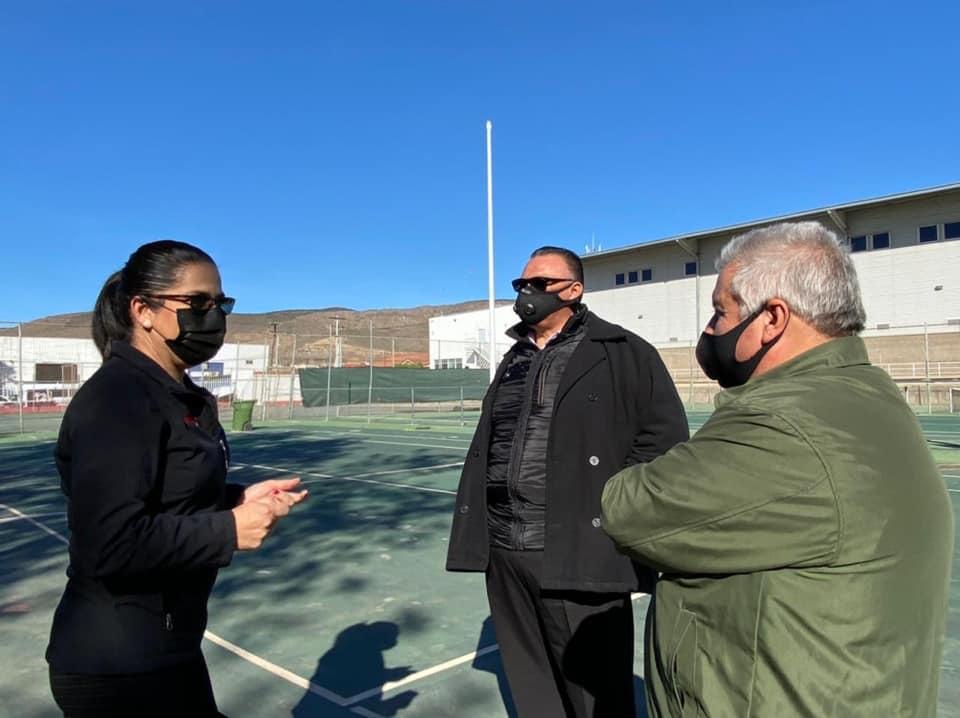Muestran proyecto de rehabilitación de la UD Raúl Ramírez