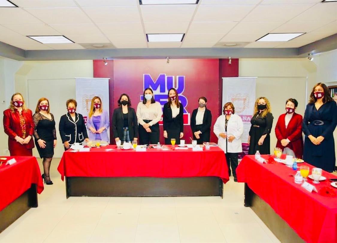 Aterrizará Canacope varios proyectos con alcaldesa Karla Ruiz Macfarland