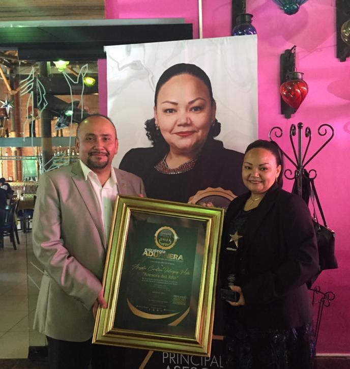 Distinguen como Asesora del Año a Ángela Carolina Velásquez Mota